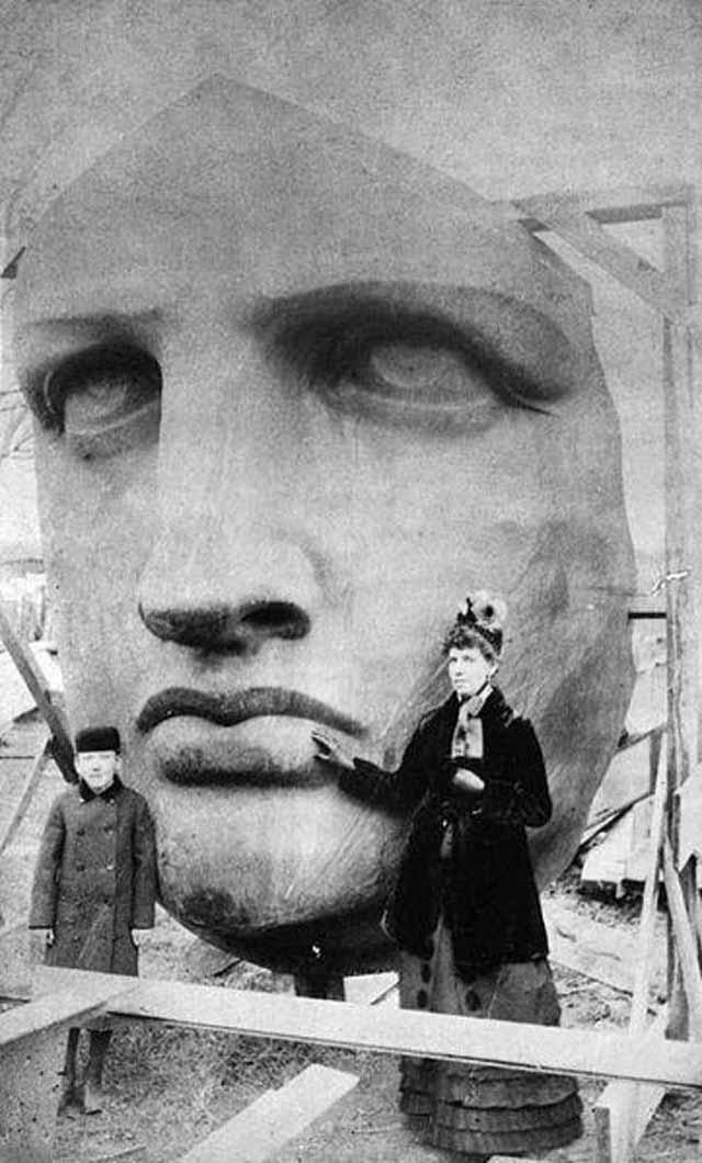 fotografii din timpul construirii statuii libertatii