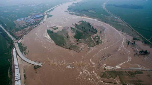 inundatiile din china