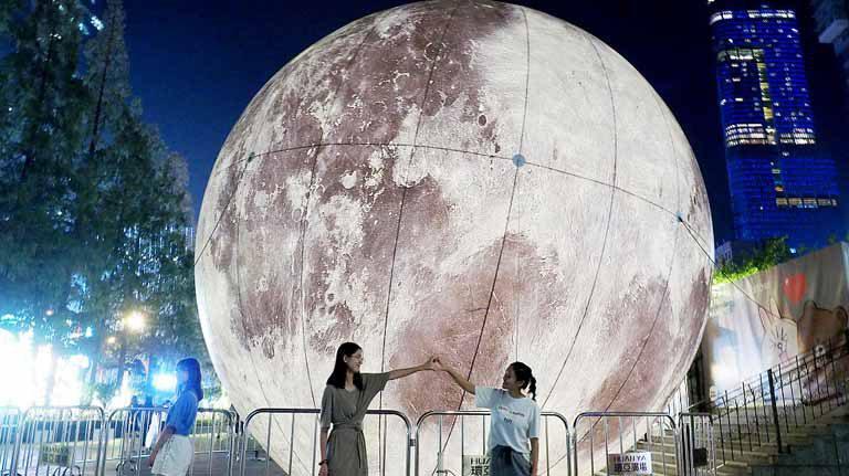 China va lansa o lună artificială în spaţiu, pentru a înlocui iluminatul stradal
