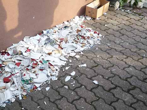 farfurii sparte de anul nou in danemarca