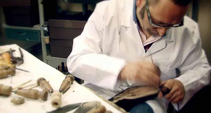cum este fabricată încălţămintea Louis Vuitton
