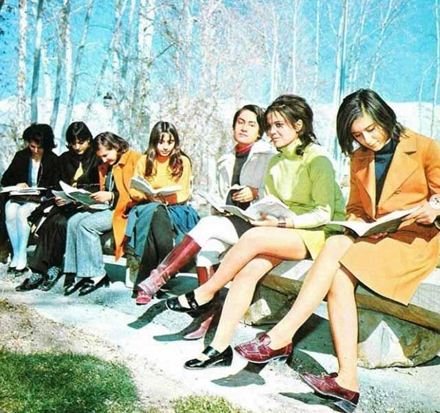 cum arătau femeile din Iran