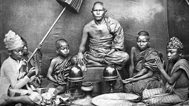 automumificarea călugărilor budişti